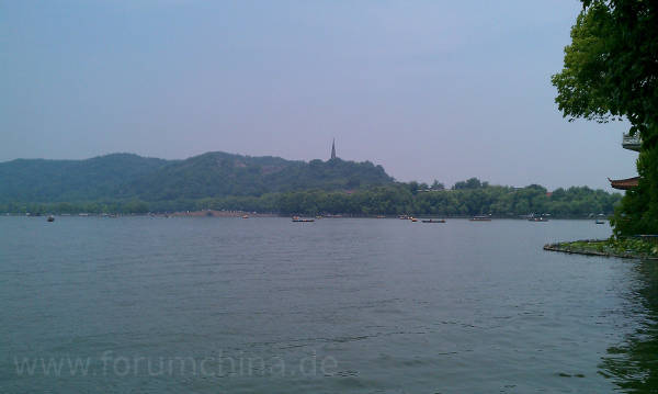 Westsee in Hangzhou mit Pagode.